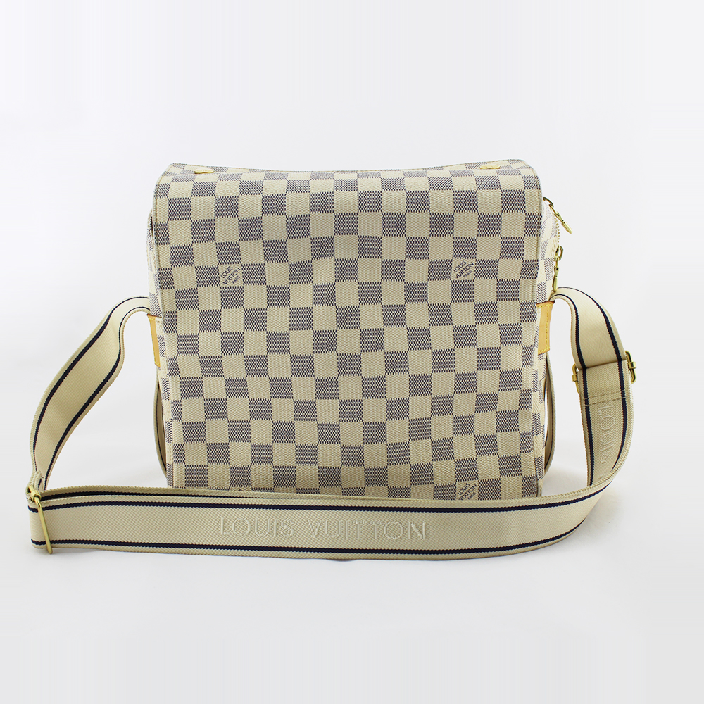 Sac bandoulière Louis Vuitton Naviglio Messenger Authentique d'occasion en toile damier azur et cuir naturel