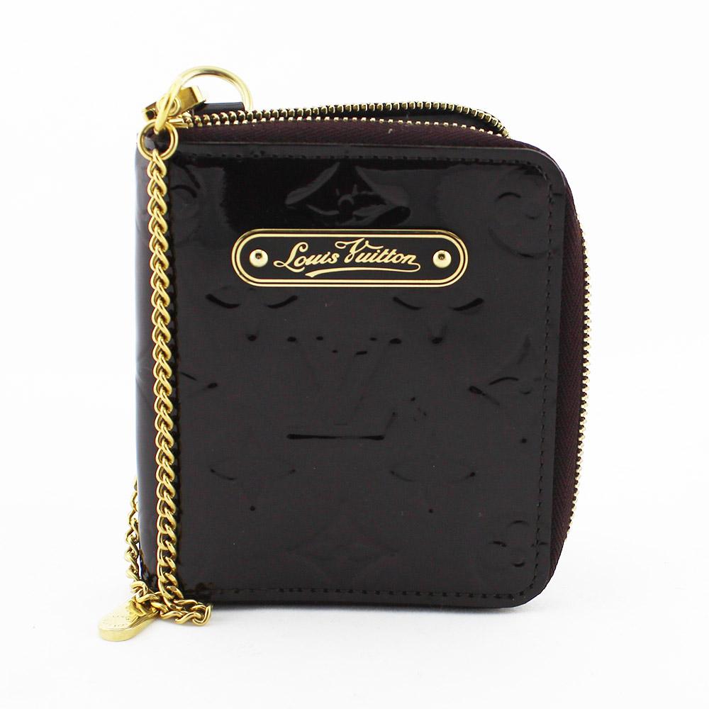 Porte-monnaie Zippy / Porte-cartes Louis Vuitton Authentique d'occasion en cuir vernis couleur Amarante avec chaîne métallique