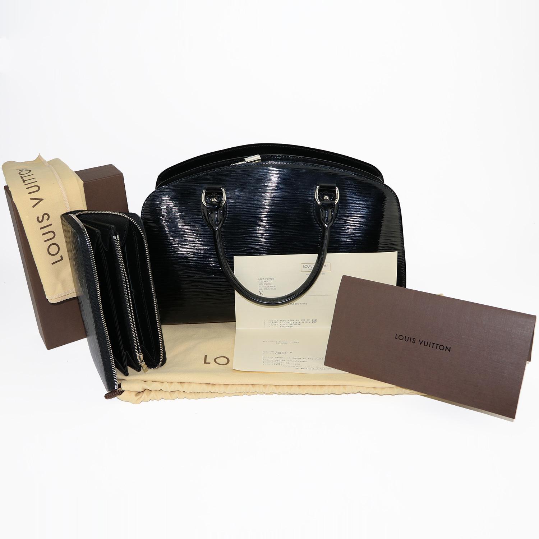 Sac à main + organiseur/portefeuille Atoll Louis Vuitton Pont-Neuf PM Authentique d'occasion en cuir épi vernis électrique