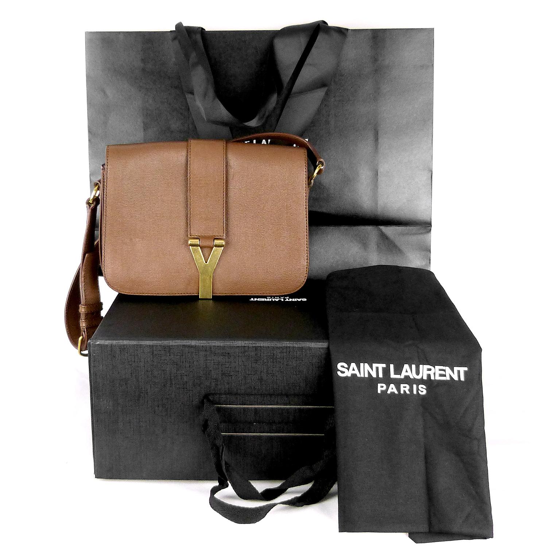 Sac à bandoulière Yves Saint Laurent Chyc Authentique d'occasion en cuir légèrement grainé couleur brun