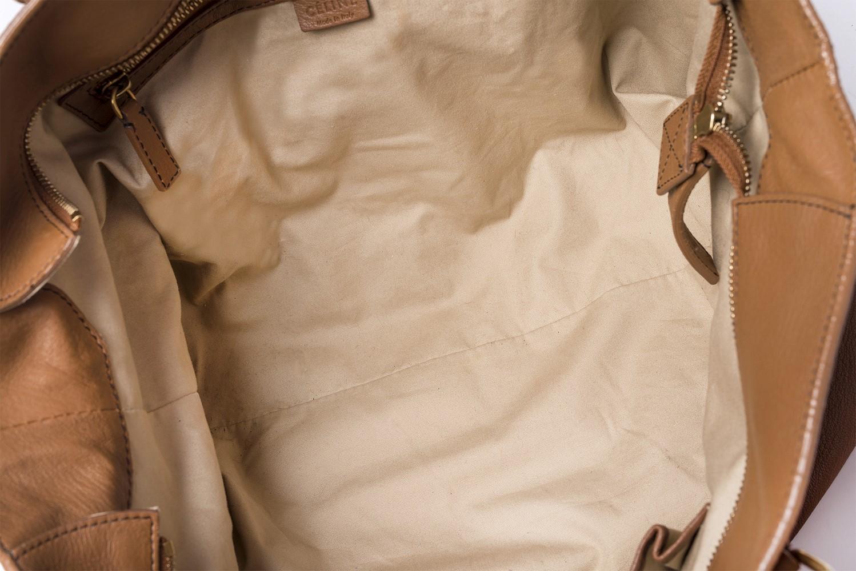 Sac à main Céline Authentique d'occasion en cuir brun et bijouterie dorée