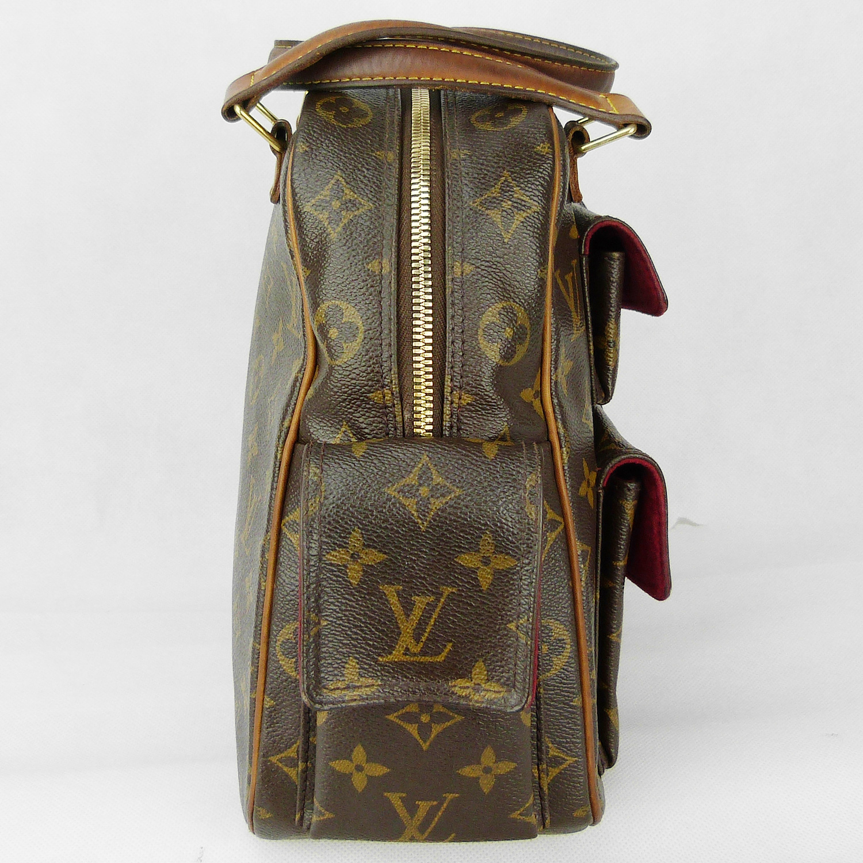 Sac à main Louis Vuitton modèle Excentri-cité Authentique d'occasion en toile monogram