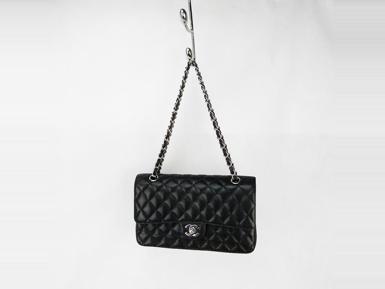 Sac à main Chanel Timeless Authentique d'occasion noir en cuir caviar