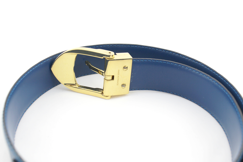 Ceinture Louis Vuitton Authentique d'occasion en cuir épi couleur bleu et bijouterie dorée