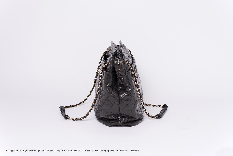 Sac Chanel Grand Cabas Authentique d'occasion Matelassé Vintage en cuir noir et bijouterie dorée