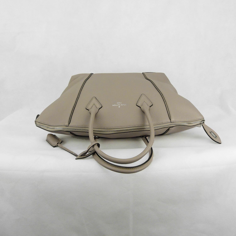 Sac à main Louis Vuitton Lockit MM Authentique d'occasion en cuir de veau cachemire couleur Galet