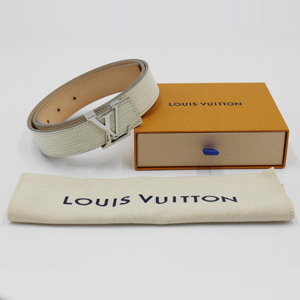 Ceinture Louis Vuitton LV initiales Authentique d'occasion en cuir épi couleur crème