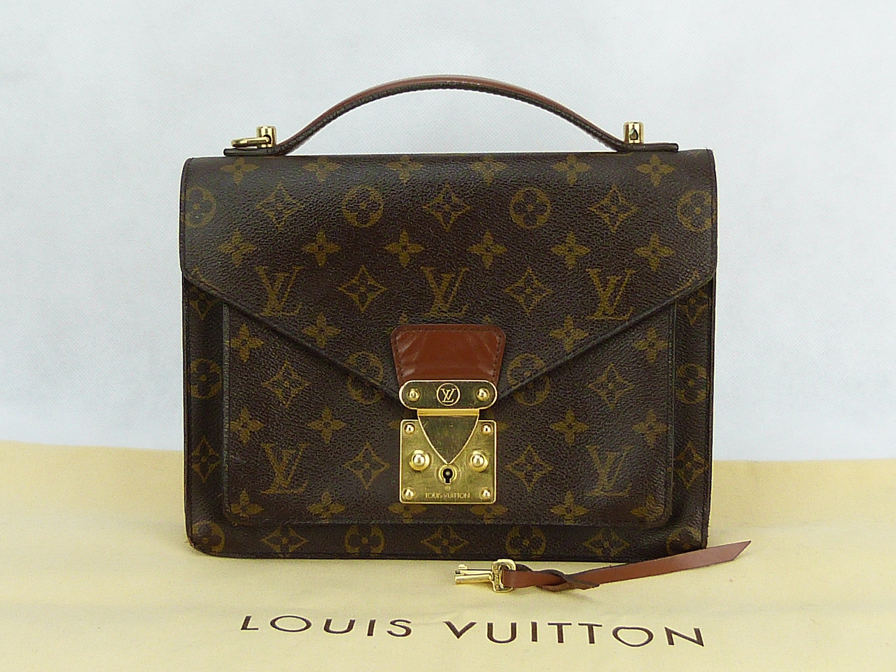 Sac Louis Vuitton Concorde Authentique d'occasion Monogram Vintage